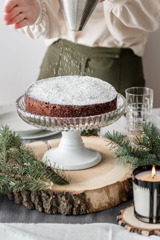 ciasto czekoladowe kryształowa patera